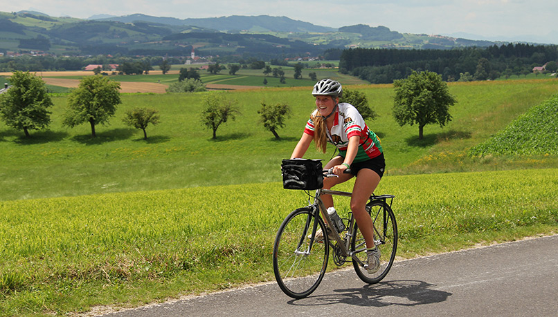 Bzaqb-czechrepublic-biking-2